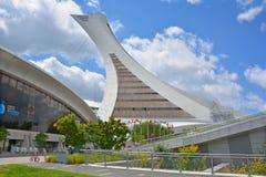 Montreal Olympic Stadium och torn Royaltyfri Fotografi