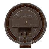 Montreal, Quebec, Canada - Augustus 18, 2018: Tim Hortons brengt belangrijke verandering in zijn koffiekoppen aan stock foto's