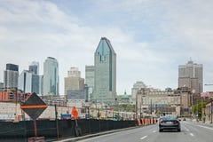 Montreal Quebec, Kanada - Maj 21, 2017: Bonaventure Highway Arkivbilder