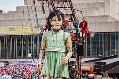 Montreal, Quebec Kanada, Maj, - 21, 2017: Miejsca des festiwale - na otwartym powietrzu wydarzenie przestrzeń Mała dziewczynka gi Obraz Stock