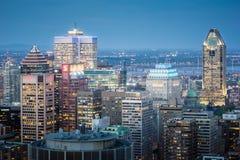 Montreal-Skyline an der Dämmerung Stockfotos