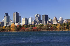 Montreal-Skyline im Herbst, Kanada lizenzfreies stockbild