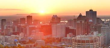 Montreal soluppgångpanorama Arkivbilder