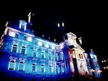 Montreal stadshus som tänds upp royaltyfri bild