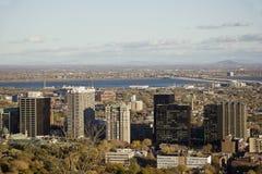 Montreal tegen dag Stock Afbeeldingen