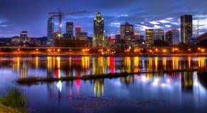 Montreal vid natt royaltyfri bild