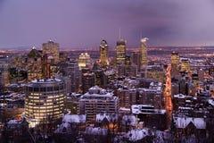 Montreal vid natt i vinter Royaltyfri Fotografi