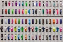 Montres-bracelet sur l'affichage à HOMI, exposition internationale de maison à Milan, Italie Photos libres de droits