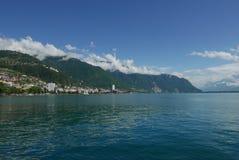 Montreux från Clarens på sjöGenève royaltyfria bilder