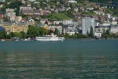 Montreux från Clarens på sjöGenève royaltyfria foton