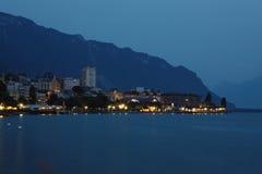 Montreux-Nacht lizenzfreie stockfotografie