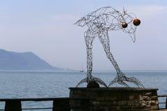 MONTREUX, SUISSE - 9 JUIN 2014 : Avant sculpture en vol photo libre de droits
