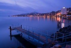 Montreux vid natt Arkivfoto