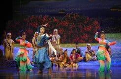 Montrez la lune de ballet de danse-Hui au-dessus de Helan Photos libres de droits