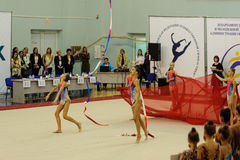 Montrez le programme de jeunes gymnastes Tyumen Image stock