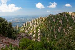 Montserrat är ett berg nära Barcelona Royaltyfria Foton