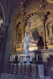 MONTSERRAT, CATALUÑA, ESPAÑA septiembre de 2017: Monasterio de Santa Maria Montserrat del interior Foto de archivo