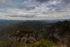 Montserrat, Hiszpania, Wrzesień 20th, 2016: widok na Serra De Collards dolinie Obrazy Stock