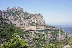 Montserrat-Kloster hoch oben in den Bergen, Spanien Stockfoto