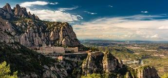 Montserrat Monastery in den Bergen Lizenzfreie Stockfotos