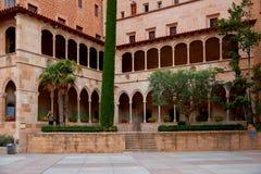 Montserrat Monastery localizó en la montaña Montserrat cerca de Barcelona, Cataluña, España Imagen de archivo