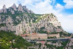 Montserrat Monastery Santa Maria de Montserrat est abbaye bénédictine située sur la montagne de Montserrat, Monistrol De Montserr image libre de droits