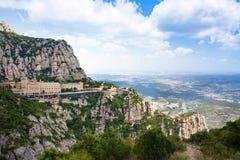 Montserrat Monastery Santa Maria de Montserrat est abbaye bénédictine située sur la montagne de Montserrat, Monistrol De Montserr image stock