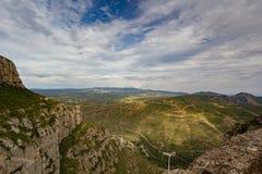 Montserrat, Spagna, il 20 settembre 2016: vista sulla valle di Serra de Collcardus da Montserrat Immagini Stock Libere da Diritti