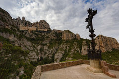 Montserrat Spanien, September 20th, 2016: Santa Maria de Montserrat Abbey Abadia de Montserrat Arkivbild