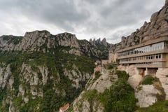 Montserrat Spanien, September 20th, 2016: Santa Maria de Montserrat Abbey Abadia de Montserrat Arkivbilder