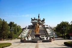 Monumen av Niyazov och skulptural sammansättning Fotografering för Bildbyråer
