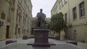 Monument à Bakou banque de vidéos