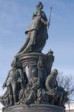 Monument à Catherine II dans la rue - Pétersbourg Photos stock