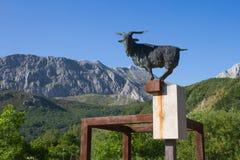 Monument à Chivo dans la montagne Images stock
