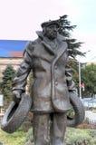 Monument à George Danelia et aux héros du film Mimino photos stock