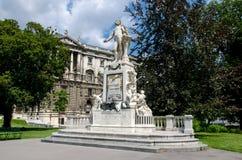 Monument à Mozart photos stock