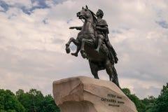Monument à Peter le grand cavalier en bronze Photos libres de droits