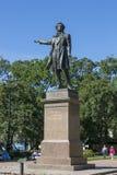 Monument à A S Pushkin devant le musée russe d'état sur la place d'arts à St Petersburg photos stock
