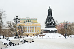Monument aan Catherine Groot in Petersburg, Rus Stock Foto's