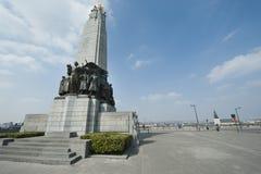 Monument aan de glorie van Belgische Infanterie in Wereldoorlog I en II Stock Afbeelding