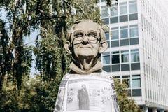 Monument aan de ingezetene van Muenster genoemd Paul Wolfe Hij wijdde zijn leven aan de strijd tegen Nazisme royalty-vrije stock foto