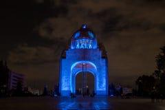 Monument aan de Mexicaanse Revolutie Monumento La Revolucion bij nacht - Mexico-City, Mexico stock foto
