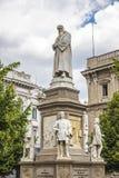 Monument aan Leonardo da Vinci in Milaan, Italië stock foto's