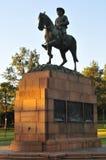 Monument aan Louis Botha door de Gebouwen van de Unie, Pretoria Royalty-vrije Stock Afbeeldingen
