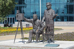 Monument aan Lumiere-broers in Yekaterinburg, Rusland Stock Foto's