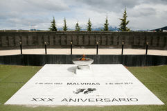 Monument aan Malvinas Eilandenslag - Ushuaia - Argentinië stock afbeelding