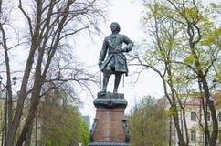 Monument aan Peter I en Petrovsky het park in Kronstadt Rusland Stock Foto