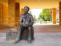 Monument aan Wladyslaw Reymont (1867-1925), een Poolse romanschrijver en een de Nobelprijslaureaat van 1924 in Lodzte Royalty-vrije Stock Afbeeldingen