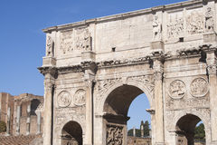 The monument Arch of Constantine in Rome. Is a reference point for sightseeing and is close to the Colosseum. The arch was erected to commemorate the victory of Stock Photography