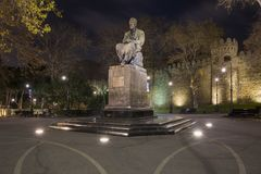 Monument au poète célèbre de l'Azerbaïdjan Mirza Alekber Sabir Photo stock